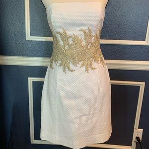 Lilly Pulitzer gorgeous white shift dress. size 2